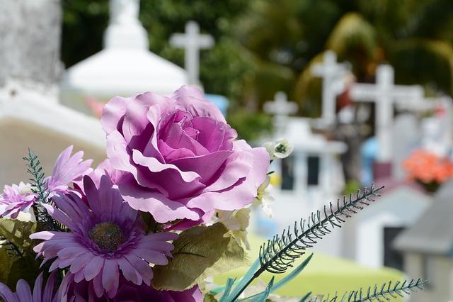 Comment réussir à bien organiser des funérailles ?