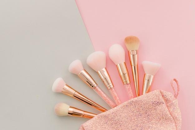 Les basiques indispensables à savoir sur une trousse de maquillage